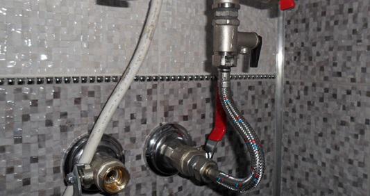 Подключение смесителя к водоснабжению