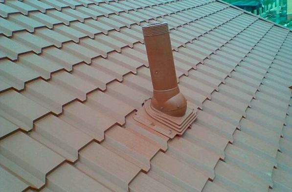 Переходник для вывода трубы на крышу строения