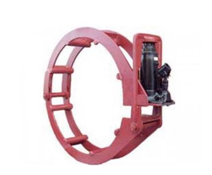 Центратор арочного типа с гидравликой
