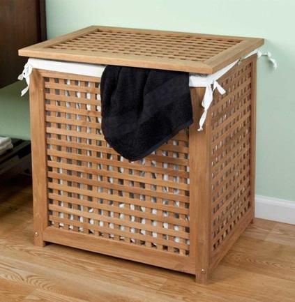 Не стоит хранить грязную одежду в стиральной машине, лучше использовать для этого корзину для белья