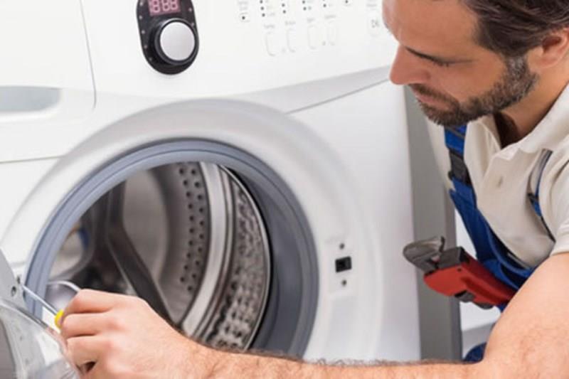 Устранение неисправностей в работе стиральной машины