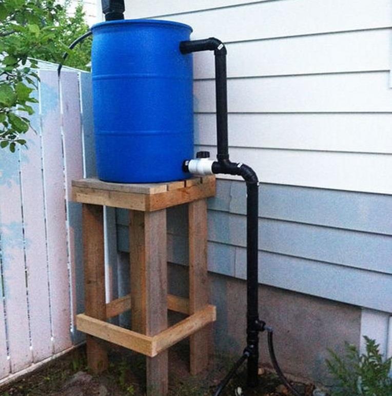 Использование пластиковой бочки для водоснабжения