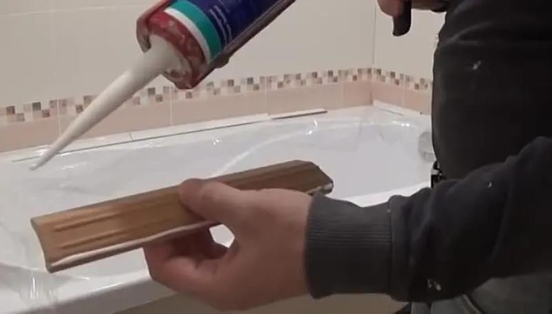 Монтаж пластикового бордюра