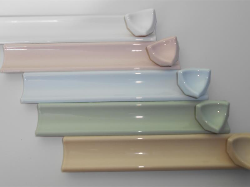 Керамический герметизирующий уголок для ванны