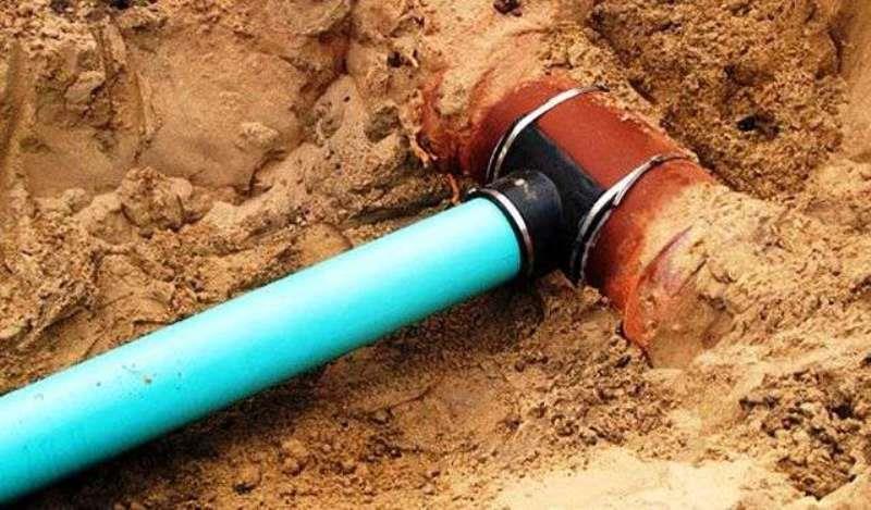 Врезка сливной трубы в канализационную сеть