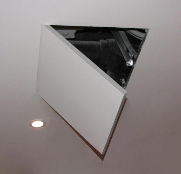 Ревизия на потолке