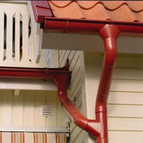 Ливневые желоба и вертикальные трубопроводы