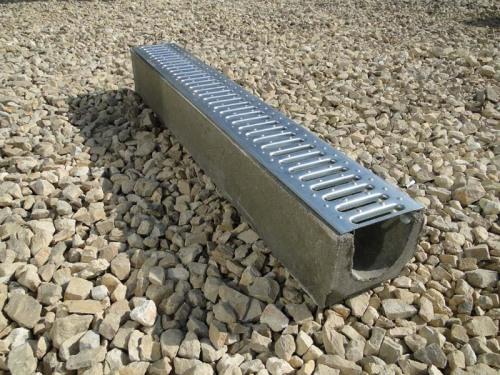 Лоток, изготовленный из бетона