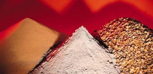 Дренирующую обсыпку выбирают в зависимости от состава грунта