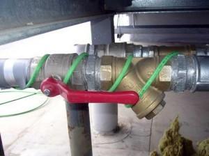 Пример наружного обогрева трубы