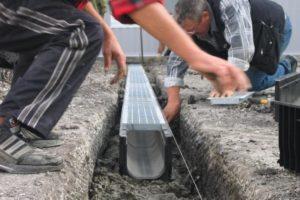 лоток для отвода талых и дождевых вод