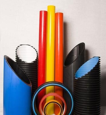 Пластиковые трубы бывают нескольких видов в зависимости от материала